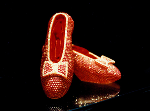Harry Winston's Ruby Slippers哈利温斯顿红宝石鞋